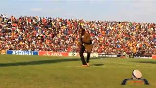 Download BEST VENDA COMEDIAN DANCE BUNDU LIVE THOHOYANDOU STADIUM Video