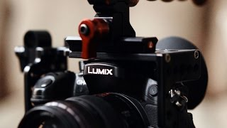 Download Rigging the Panasonic GH4: D|Cage, G-Cup, Atomos Power Station, Tascam DR-70D, RØDE, Zacuto & more Video
