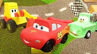 Download Disney Pixar cars. Lightning McQueen race. Video