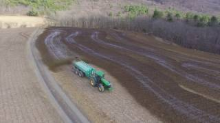 Download Spreading Liquid Cow Manure | John Deere 8420 Houle 6300 Video