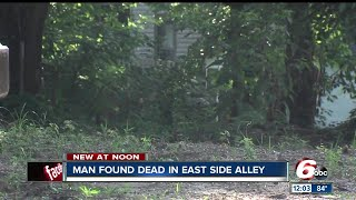 Download Man found shot to death on Indy's east side Video