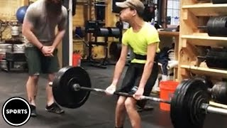 Download Athlete With Cerebral Palsy Deadlifts 200 Pounds Video