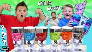 Download MYSTERY CANDY TOY DISPENSER ROULETTE GAME! FUN FUN FUN TOYS! Video