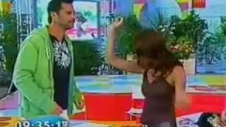 Download Tonka Tomicic y su Reggaeton (03-02-2009) Video