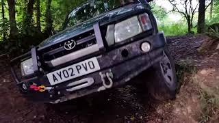 Download Toyota Hilux gully test Video