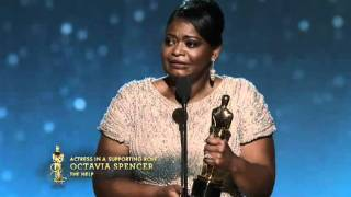 Download Octavia Spencer Wins Supporting Actress: 2012 Oscars Video