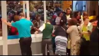 Download Black Friday frenzy at Checkers in Port Elizabeth Video