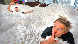 Download HIDE AND SEEK IN 10,000,000 PACKING PEANUTS! *impossible to find* Video