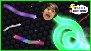 Download Let's Play Mega Fun Slither io Game with Ryan's Family Review Video