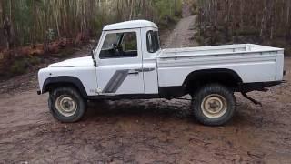 Download Land Rover Defender 110 HCPU 300Tdi'94 Video