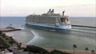 Download World's Largest Cruise Ship Sucks the Water off Fort Lauderdale Beach Video