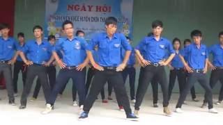 Download Dân Vũ Té Nước, Rasa Sayang - THPT Chơn Thành ( Thanh Niên Khỏe 2013 ) Video