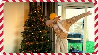 Download DECORATING THE TREE IN STYLE Video