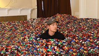 Download I Put 10 Million Legos in Friend's House Video