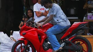 Download HOMELESS WITH A BIG BIKE PRANK! (taong grasa) Video