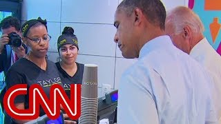 Download Obama at lunch: That's a tasty cookie right there Video