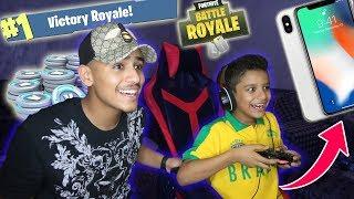 Download اذا اخوي الصغير قتل 5 بشتري له ايفون !! ( لاول مره يفوز بالقيم !! ) Video