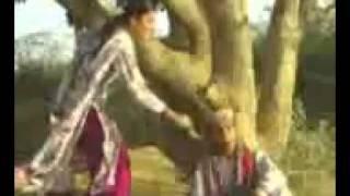Download Manzoor Sakhirani sings AG Tabasum Great Song Video