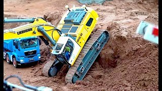Download AWESOME RC TRUCK Moments! MAN! MB Arocs! Scania! ScaleART! Wedico! Tipper! Hooklifter! Transport! Video
