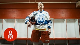 Download Meet the World's Oldest Hockey Player Video