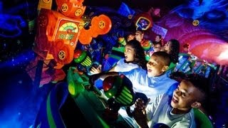 Download ♥♥ Buzz Lightyear's Space Ranger Spin at Walt Disney World's Magic Kingdom (in HD) Video