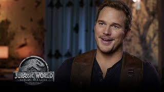 Download Jurassic World: Fallen Kingdom - Watch The Trailer Now! (Go Behind The Scenes) (HD) Video