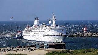 Download Cruiseschip berlin aankomst te scheveningen 5-6-2018 Video