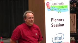 Download Why Linus Torvalds doesn't use Ubuntu or Debian Video