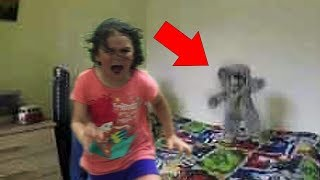 Download 5 Creepy Dolls MOVING: Haunted Dolls Caught On Tape! Video