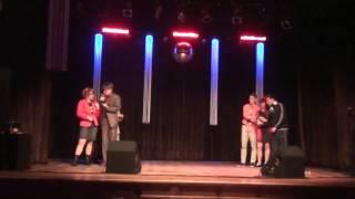Download Skecz 'Familiada' ( Nauczyciele & Uczniowie z 3B) Video