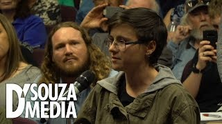 Download D'Souza spars with student over ″white privilege″ Video