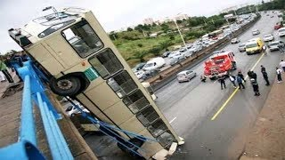 Download 15 DANGEROUS IDIOTS Operator Heavy Equipment Disaster - Trucks Excavator Fail Video