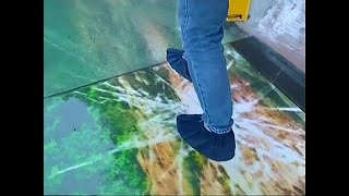 Download New glass skywalk opens in China Video