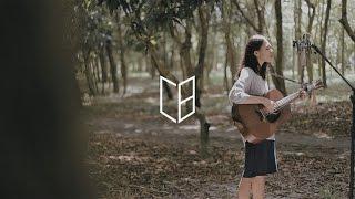 Download Clara Benin - Tila Video