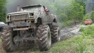 Download MEGA TRUCKS GO POWERLINE MUDDING in New York Video