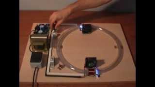 Download Acelerador de partículas, maqueta educativa. Video