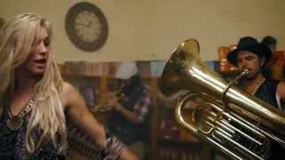 Download Major Lazer - Too Original (feat. Elliphant & Jovi Rockwell) Video