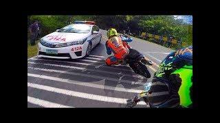Download Incredible Street Racers vs Police Insane Fails - POLICE VS MOTO !! Video