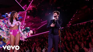 Download Shawn Mendes - Lost In Japan (Live From The Victoria's Secret 2018 Fashion Show) Video