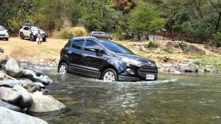 Download Ford Ecosport crosses river Video