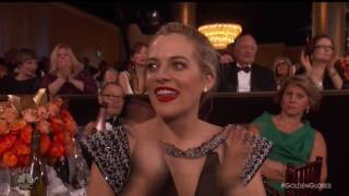 Download Meryl Streep Loses It At The Globes Video