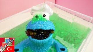 Download Orbeez Topları ve Glibbi Slime Havuzu Yapıyoruz Türkçe - Kurabiye Canavarı ile Eğlence! Video
