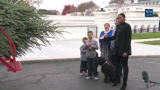 Download First Lady Michelle Obama Welcomes the Official White House Christmas Tree to the White House Video