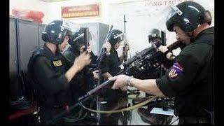 """Download Cảnh sát 141: """"Quả đấm thép"""" trấn áp tội phạm Video"""