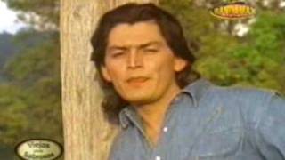 Download JOSE MANUEL FIGUEROA / Quiero y necesito Video