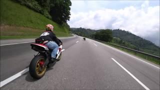 Download Street Racers - BMW Kawasaki Triumph Ducati Video