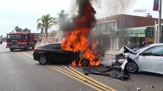 Download San Diego: Accident & Car Fire 09092018 Video