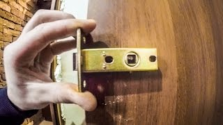 Download Установка замка дверного своими руками - ZOLOTYERUKI Video