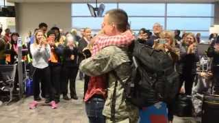 Download Surprise Christmas Air Force Proposal at the Airport Video