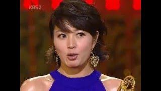 Download 김혜수 제27회 청룡영화상 / Kim Hye Soo at 27th Blue Dragon Film Awards (2006) Video